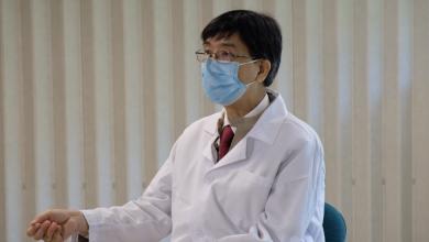 Photo of HKU expert stresses the importance of taking coronavirus samples correctly